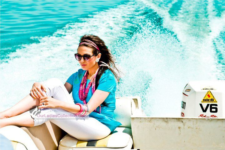 Famous model aisha linnea akhtar hot photoshoot at beach for Photoshoot themes for models